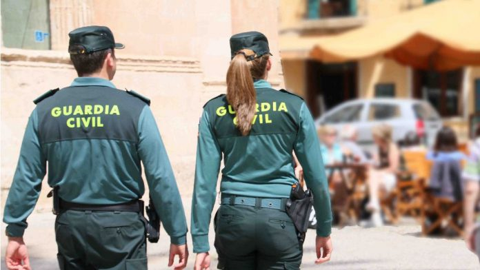 guardia civil detenidos